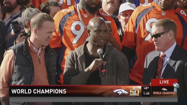 Demarcus Ware, Peyton Manning speak at the rally