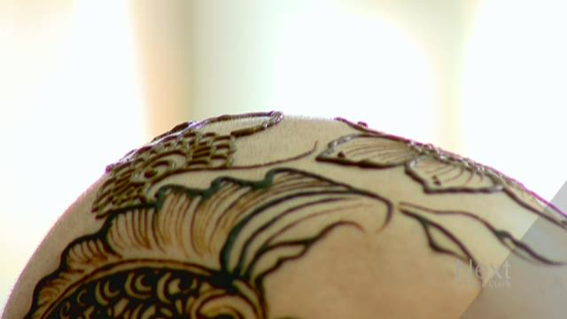 Artist uses henna crowns to empower cancer patients