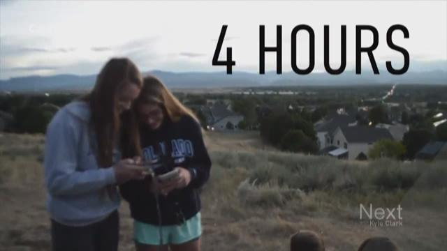 Colorado teenagers take pledges to stay off social media in October